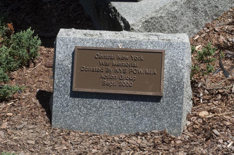 Photograph of World War I/World War II/Korean War Monument - AO-00130-004.jpg