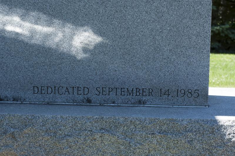Photograph of Vietnam Memorial - AO-00132-002.jpg
