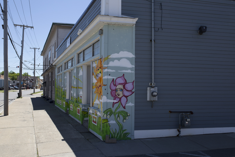 Photograph of Empowerment Center Mural - AO-00126-002.jpg