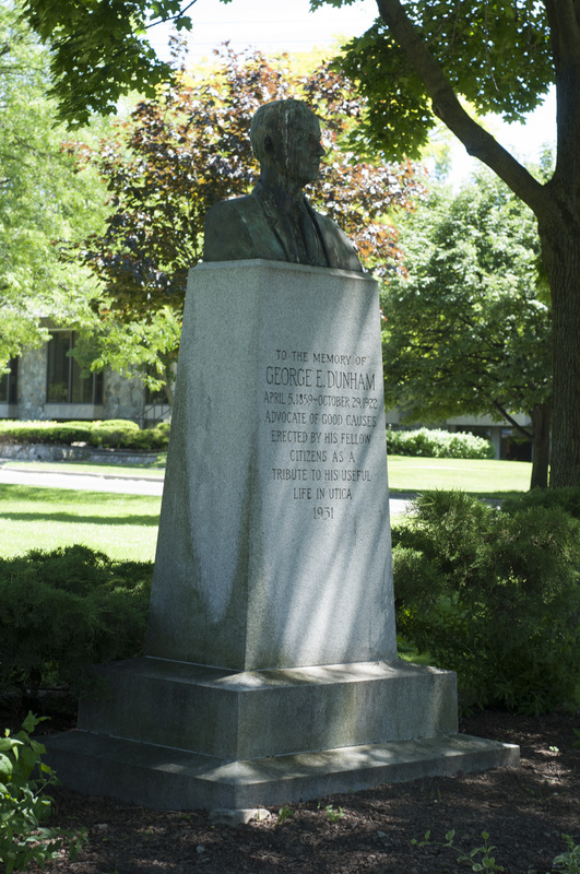 Photograph of George E. Dunham Memorial Statue - AO-00131-003.jpg
