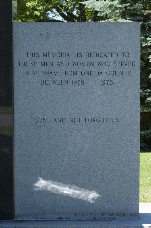 Photograph of Vietnam Memorial - AO-00132-003.jpg