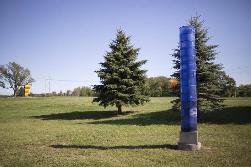 Photograph of Blue Light Column - AO-00163-013.jpg