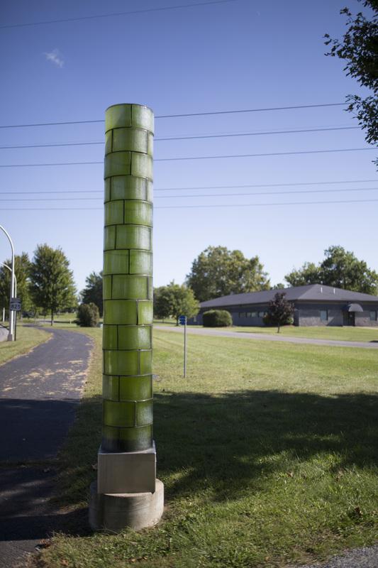 Photograph of Green Light Column - AO-00164-016.jpg