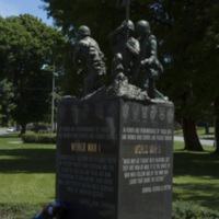 Photograph of World War I/World War II/Korean War Monument - AO-00130-002.jpg