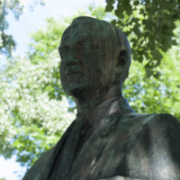 Photograph of George E. Dunham Memorial Statue - AO-00131-005.jpg