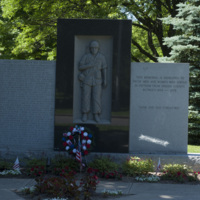 Photograph of Vietnam Memorial - AO-00132-001.jpg
